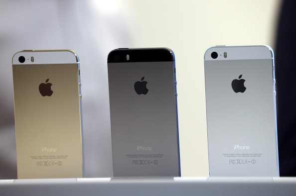 The legal dispute between Apple and Qualcomm worsens.
