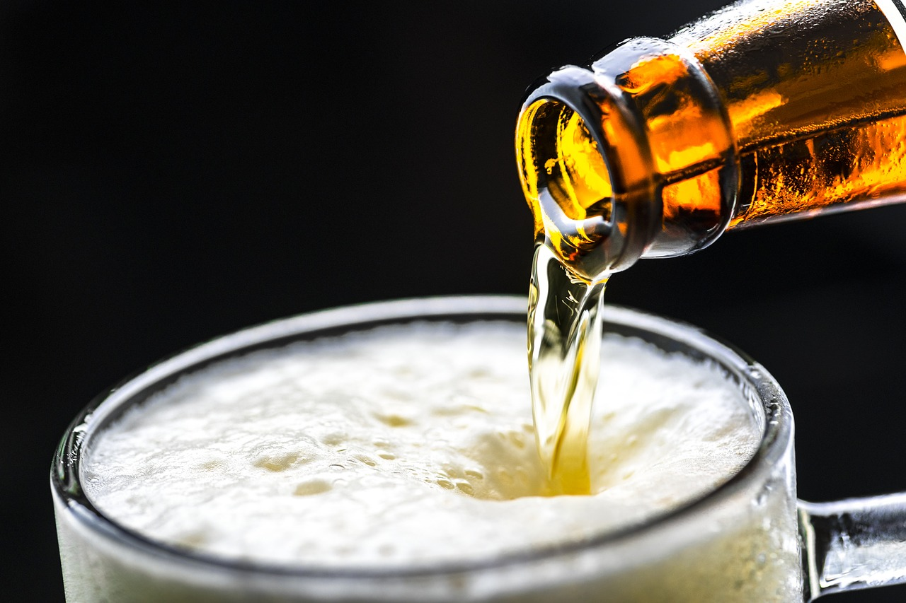 Health benefits of moderate drinking may be overstated, study finds
