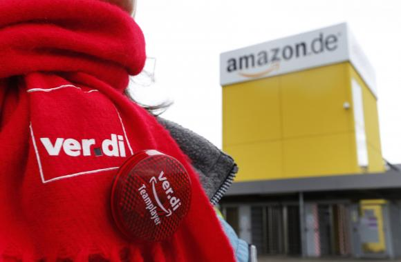 A Verdi union scarf is seen outside the Amazon logistics centre in Graben near Augsburg December 15, 2014.