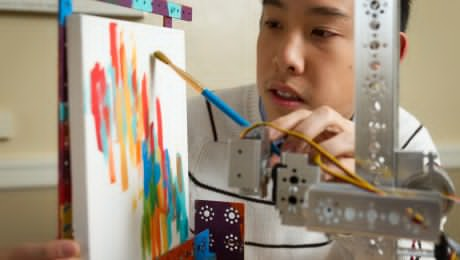 Eye Robot can paint just by line of sight